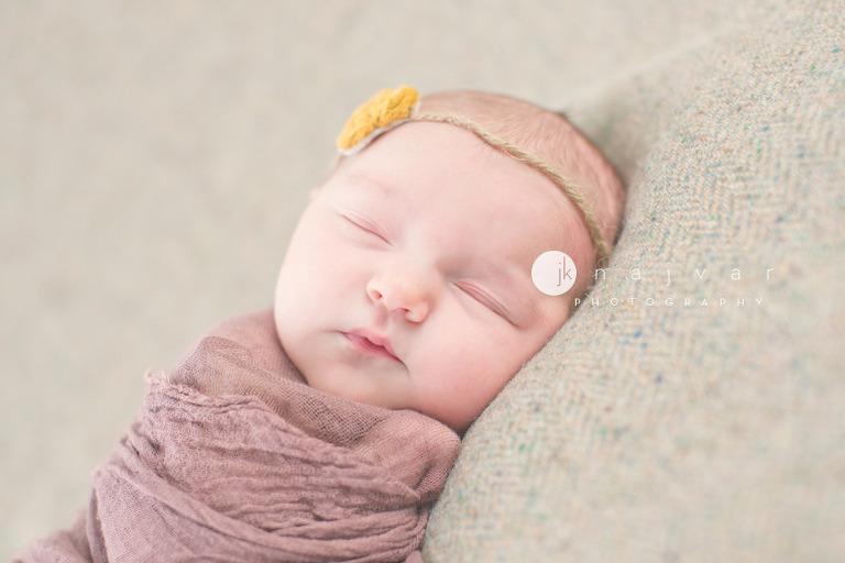 newborn-photography-by-jennifer-najvar-austin-texas_012-webWM_1000-2
