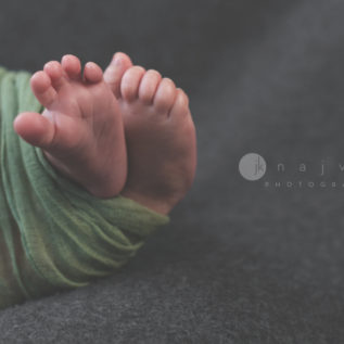 Newborn-photography-by-jennifer-najvar-austin-258-webWM