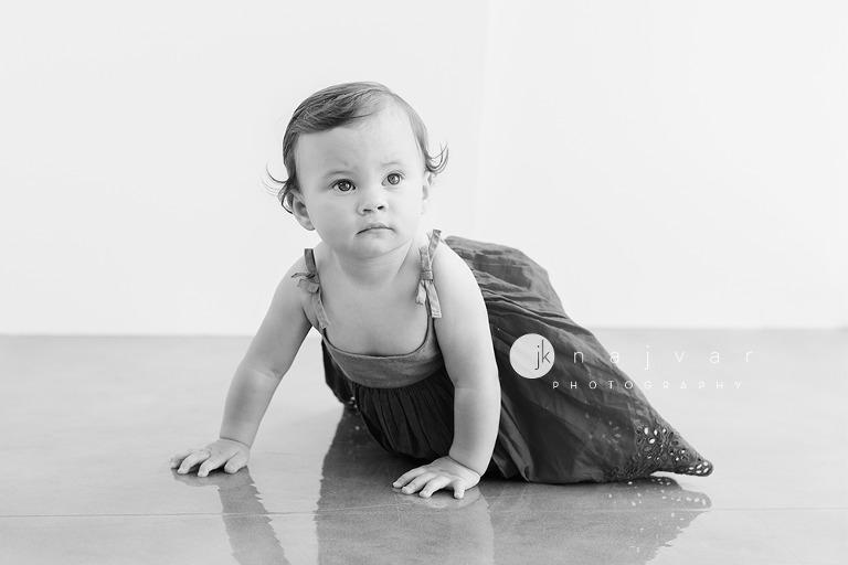 newborn-photography-jennifer-najvar-austin-025-BW-WebWM-resize