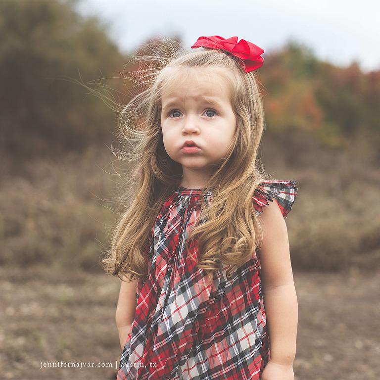 Family-Fall-Mini-Photography-Session-Jennifer-Najvar-Austin-036-WebWM-Sq