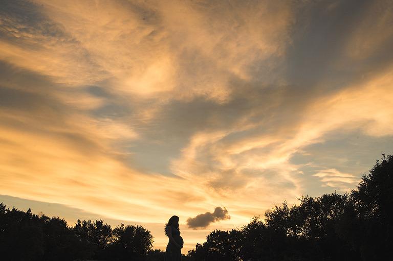 sunset-maternity-portraits-by-jennifer-najvar-200-web